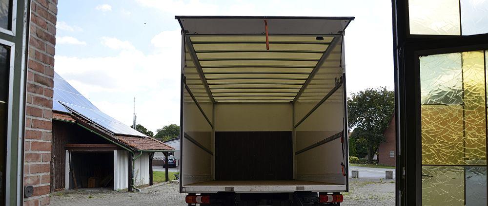 Lorry empty