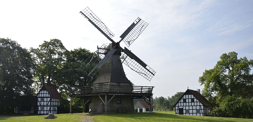 Windmill in Levern